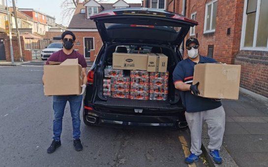 Ahmadiyya Muslim Youth members delivering food in Ilford