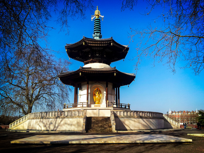 Battersea Park Pagoda flickr Garry Knight