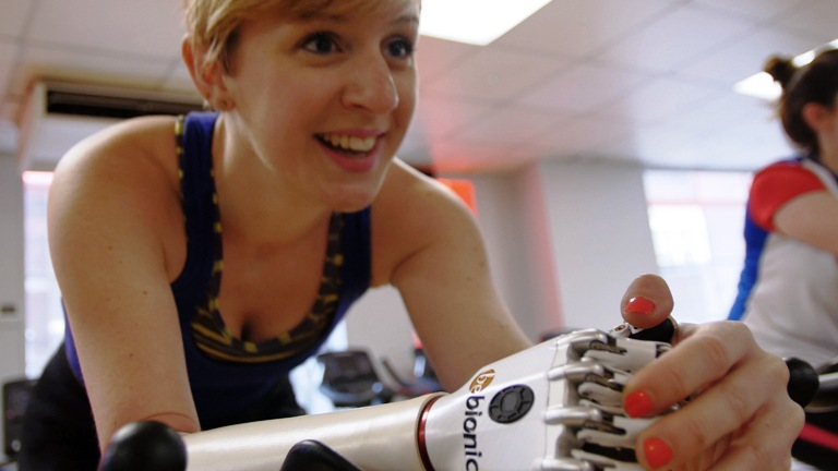 Bebionic Nicky at the gym