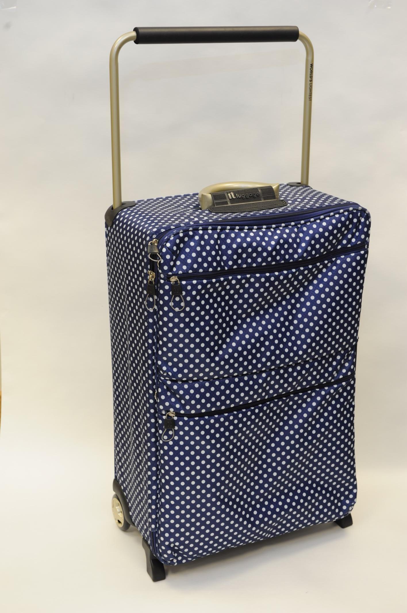 Farah Boscolo-Gnolo suitcase MET