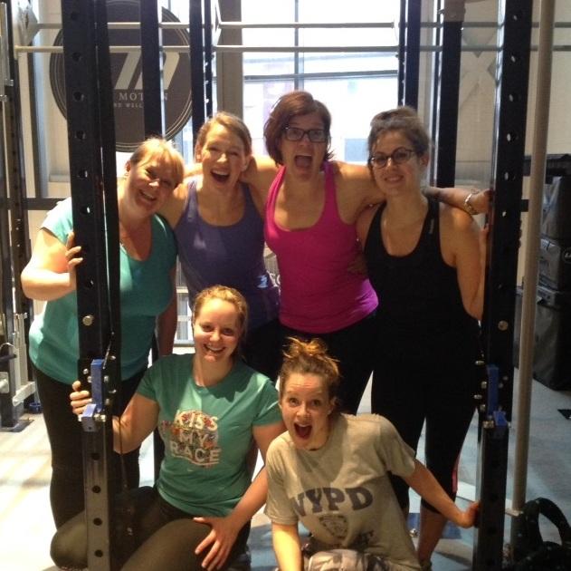 Girls who lift group shot