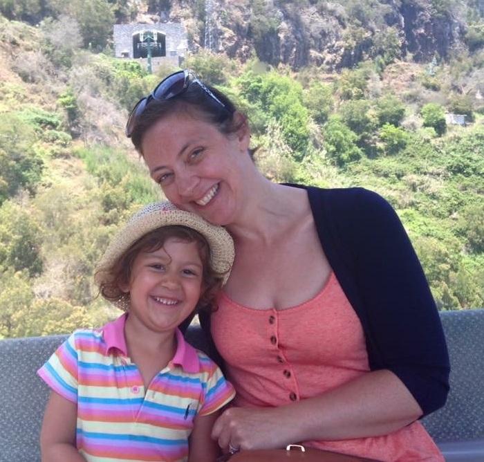 Jennifer Deane with daughter Eva 2