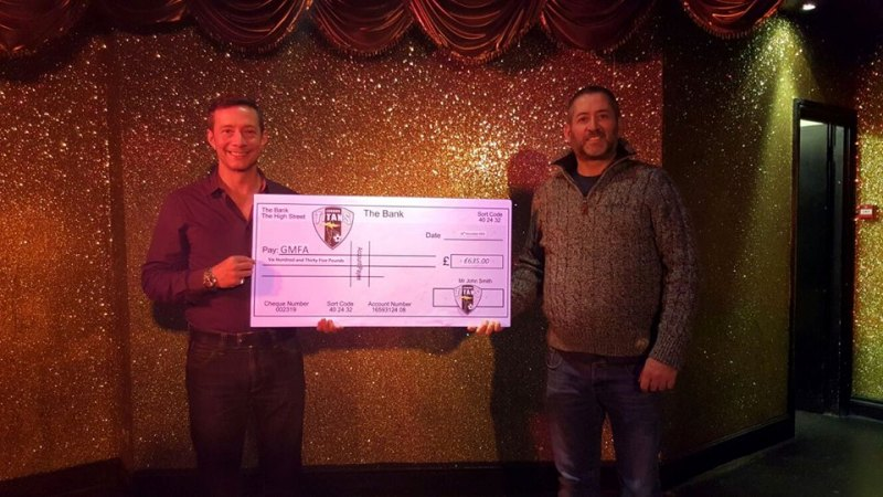 London Titans cheque Two Brewers Thomas Hitzlsperger
