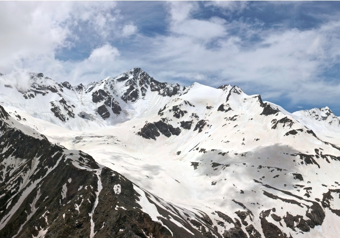 Mount Elbrus flickr Philip Milne