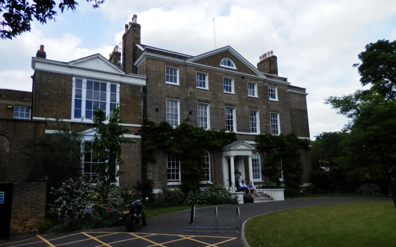 The current Royal Trinity Hospice on Clapham Common Northside