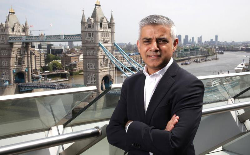 Sadiq Khan talks about Kensington fire
