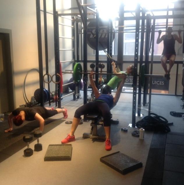girls who lift weight training