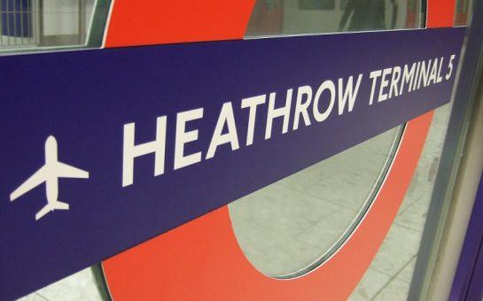 heathrow tube sign