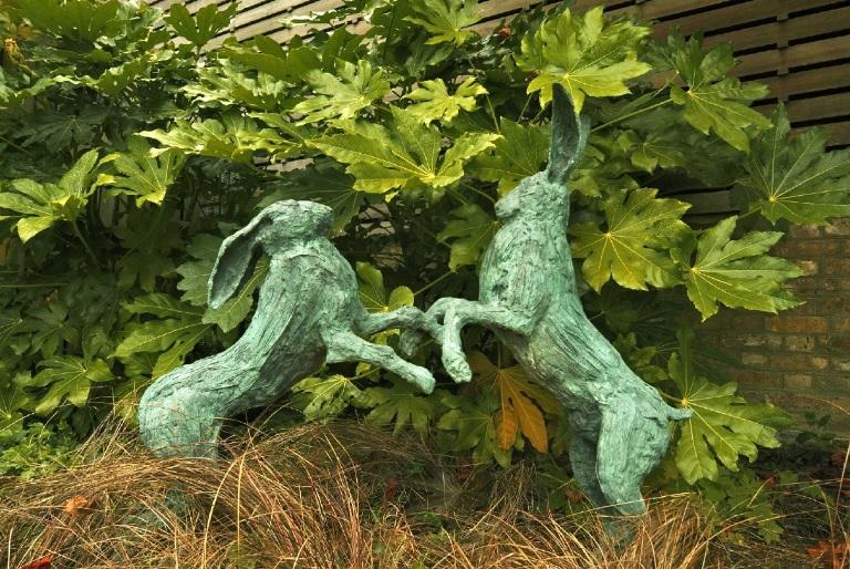 Richmond Hill Open Gardens fighting hares