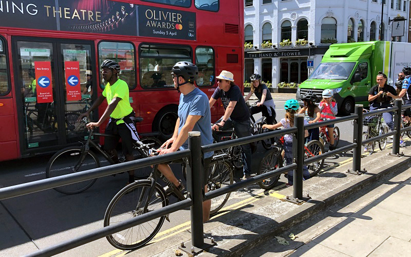 High Street Kensington cycle lanes