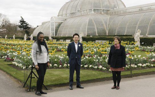 (Left to Right): Nivene Powell, Senior Community Liason Manager (EWL); Heng Leong Cheong, CEO (EWL); Julia Willison, Head of Participation & Learning (RBG Kew)