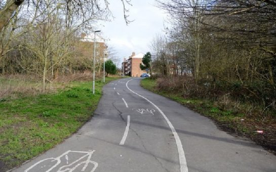 Cycle path near the Hogsmill River