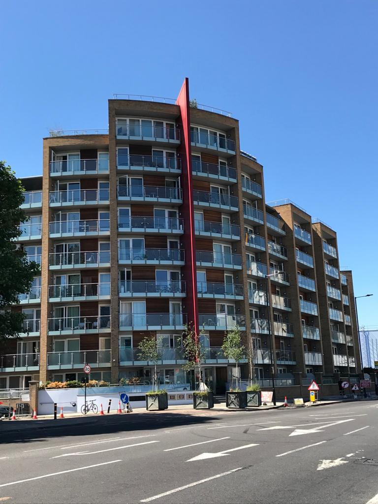 A picutre of Viridian Apartments showing all nine floors