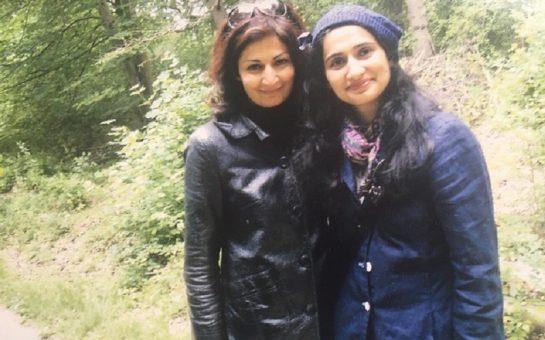 Sisters Ambreen and Uzma