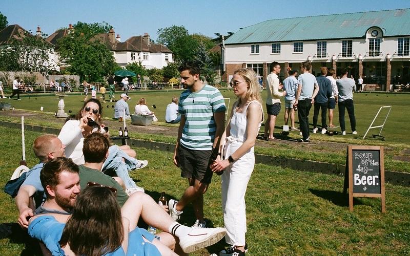 YEBBA beer, garden sunny day people socialising