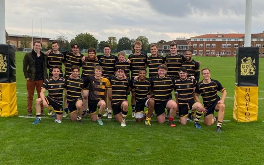 Old Hamptonians squad photo after the game