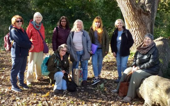 Members gather in richmond park in an effort to reduce loneliness